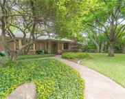6831 Glendora, Dallas image