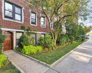 31 Pondfield W Road Unit #10, Bronxville image
