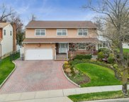 1339 Bea Ct, East Meadow image