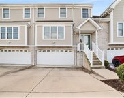 1029 E Waterford Ct, North Strabane image