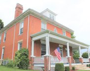 321 College St, Marion image