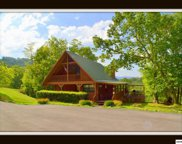 1640 Bench Mountain Way, Sevierville image
