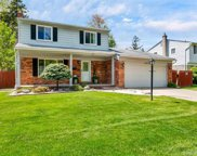 50133 Foxcrest, Chesterfield image