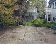 907 N 102nd St, Seattle image