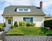 6330 19th Ave NE, Seattle image