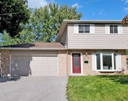 743 Greenfield Cres, Newmarket image