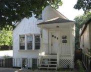 2225 W Oakdale Avenue, Chicago image