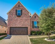 930 The Lakes Boulevard, Lewisville image