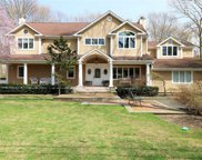 5 Colonial Dr, Smithtown image