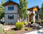 2288 Nw Summerhill  Drive, Bend image