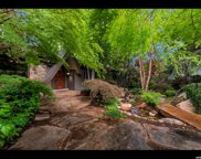 4939 S Cottonwood Ln E, Holladay image