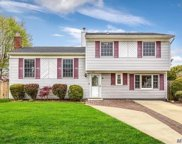 239 W Blue Point Rd, Holtsville image