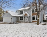 503 Wingfoot Drive, North Aurora image