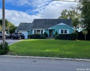 6 Beverly  Lane, East Moriches image