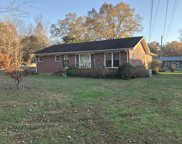 906 Edgewood Dr, Manchester image