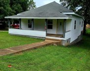 406 North Grand Ave., Doniphan image