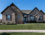 13934 Amber Meadow W Drive, Fishers image