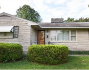 2712 Crums Ln, Louisville image