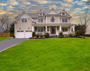 520 Montauk Dr, Westfield Town image