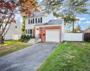 24 Willowbrook  Place, Stamford image
