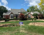 7015 Red Fox Run, Washington Twp image
