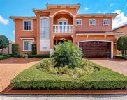 9044 Nw 174th Ln, Hialeah image
