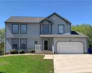 7208 Green Meadow Dr, North Fayette image