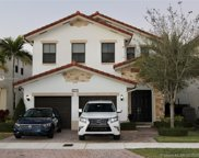 10573 Nw 70th Ln, Doral image