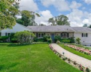 315 Underhill  Road, Scarsdale image