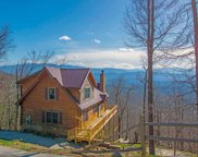 1339 Aintree Dr, Sevierville image