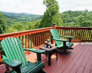 288 New Ridge Lane, Piney Creek image