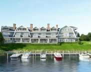 37 Old Boathouse Ln, Hampton Bays image