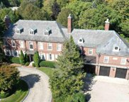 17315 JEFFERSON, Grosse Pointe image