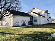 334 South Valley Dr, Nampa image