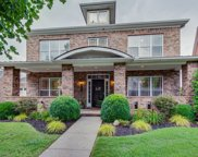 415 Meadowcrest Cir, Franklin image