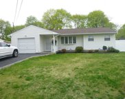 70 Sycamore Ave, Central Islip image
