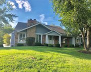 15002 Manor Lake, Chesterfield image