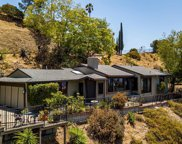 1674     Valley View Road, Glendale image