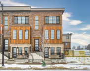 51 Greenbriar Place Nw, Calgary image