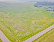119 Vincent Bluffs Crescent, Rocky View County image