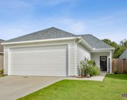 424 S Iberville Ave, Gonzales image