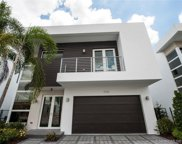 9725 Nw 75 Te, Doral image