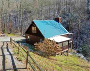 3438 Hunter Hills Way, Sevierville image
