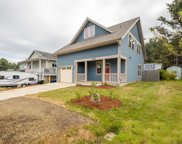606 Jetty Ave Se, Lincoln City image