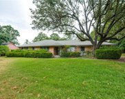 7414 Currin Drive, Dallas image
