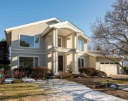 7 Golfview Dr, Northfield image