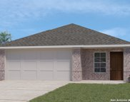 301 Middle Green Loop, Floresville image