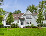 814 Becker Road, Glenview image