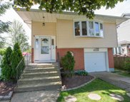 2570 Hicks St, Bellmore image