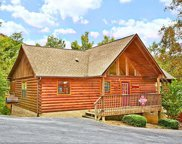 1516 Bears Den Way, Sevierville image